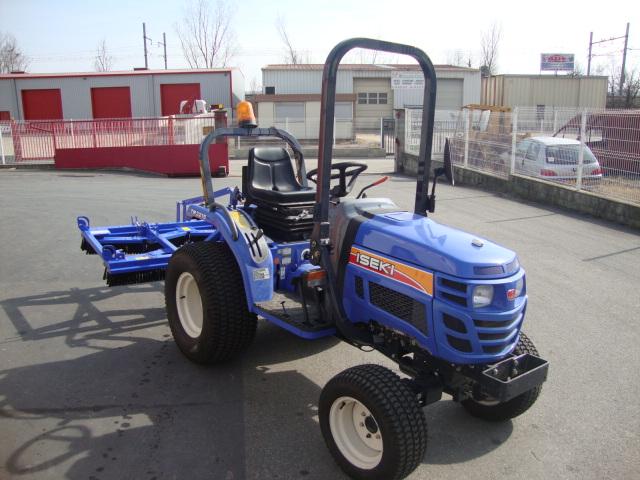 Tracteur ISEKI TM profil droit